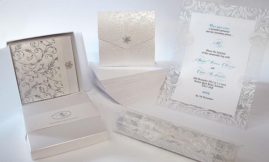 winter-wedding-stationery-uk.jpg